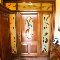 Ușă interior cu sticlă ornamentală