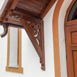 Copertină lemn